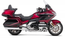 GL1800 Gold Wing Tour DCT Airbag